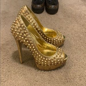 High heels STEVE MADDEN, Gold Color, Size 7.5